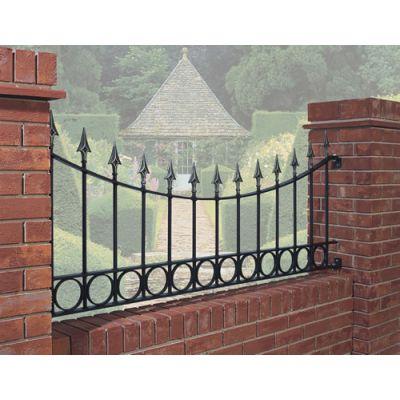 BAP06 Balmoral Fence Panel